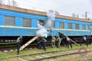 Учения_освобождение поезда 17.04 (6)