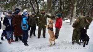 Слабослыщащие дети в кинологическом центре 15.01 (5)